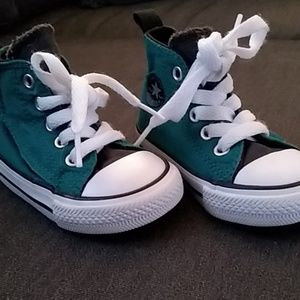 Toddler Converse All Star high-top, size 4